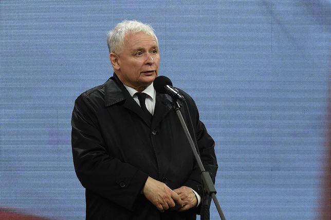 Jarosław Kaczyński: na pokładzie samolotu doszło do wybuchu - przeprowadzono go w specjalny sposób