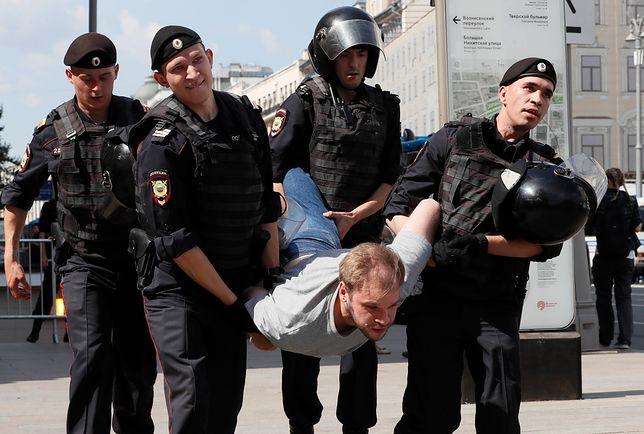 Moskwa. Policja zatrzymała ponad 500 osób przed wiecem opozycji