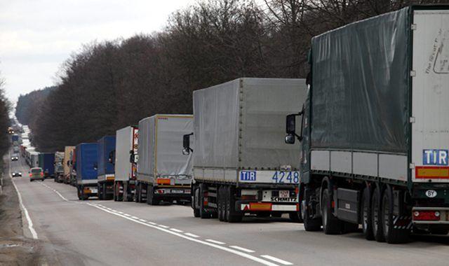 Białoruś wprowadziła ograniczenia na drogach na okres letni