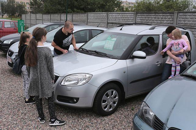 Średni koszt używanego auta to około 20 tys. zł