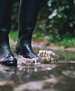 Kalosze na obcasie — te buty przydadzą się w październiku