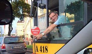 """Wesoły kierowca z Warszawy bez pracy. """"Szukam bardziej przyjaznej firmy"""""""