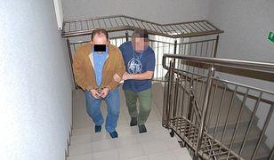 Mężczyźnie grozi do 2 lat więzienia.
