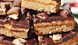 Proste ciasto karmelowe z czekoladą a'la Twix