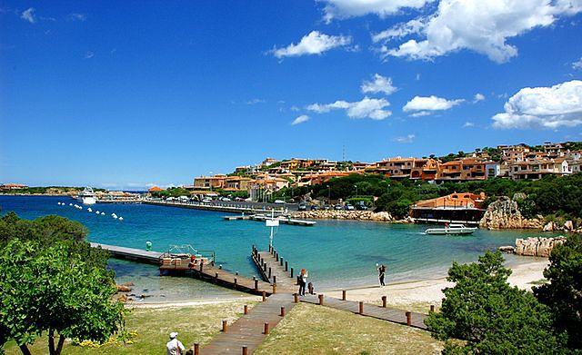 Wykwintny kurort na Sardynii. Oto uwielbiane przez bogaczy Porto Cervo