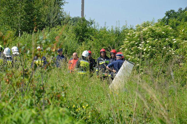 Do wypadku doszło tuż przed 10.00 na terenie lokalnego aeroklubu w okolicach miejscowości Nieborów /Bobrowniki