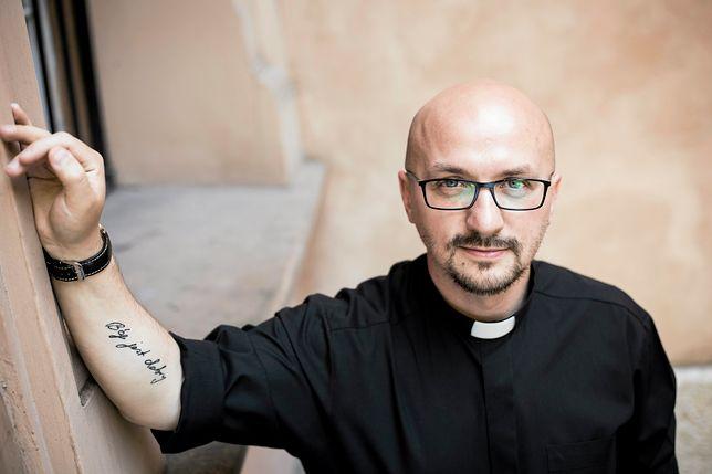 O. Grzegorz Kramer uważa, że pomysł Sekielskiego może zostać źle odebrany przez ofiary pedofilii