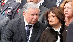 Były premier Jarosław Kaczyński z matką Jadwigą - 2007 r.