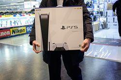 PS5 znów dostępne. Ale tanio nie zapłacimy