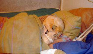 Trzymała w domu szkielety sześciu osób