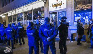 Warszawa. Właściciel pubu przy Parkingowej z czterema zarzutami