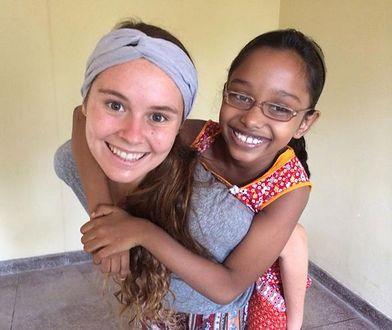 Ma 18 lat i pomaga niesłyszącym dzieciom na całym świecie