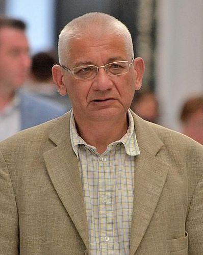 Ludwik Dorn był związany z Prawem i Sprawiedliwością i Platformą Obywatelską