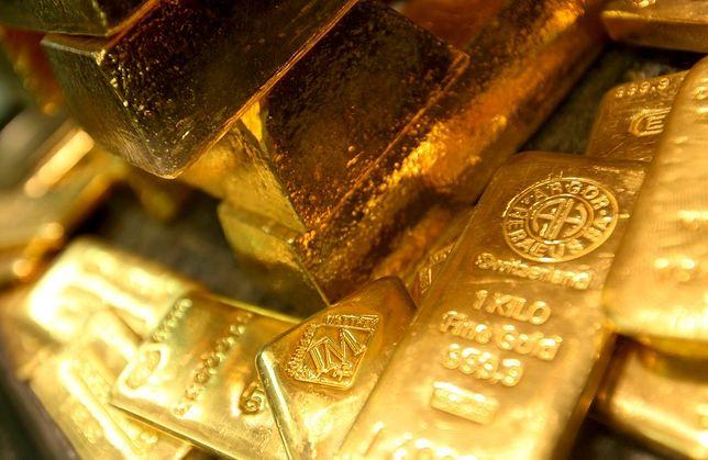 """Przez konflikt wokół Korei Północnej inwestorzy stawiają na """"bezpieczne przystanie"""". Jedną z nich jest właśnie złoto."""