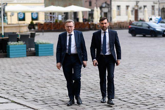 Od lewej: Tadeusz Zysk i szef jego kampanii wyborczej Sebastian Drabczyński