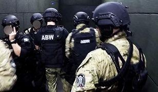 Wielkopolska. Sześć osób zatrzymanych przez ABW. Wśród nich europejski lider produkcji kebabu