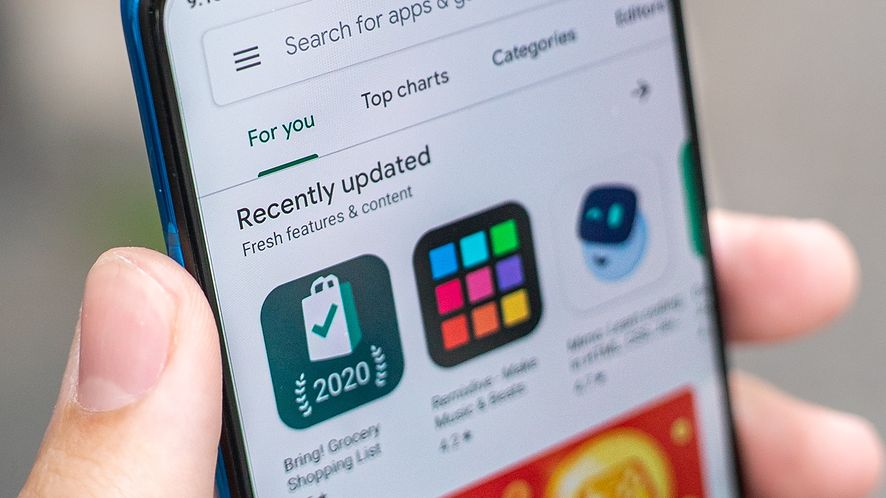 Google Sklep Play i 47 szkodliwych aplikacji. Część z nich usunięto, inne wciąż zagrażają