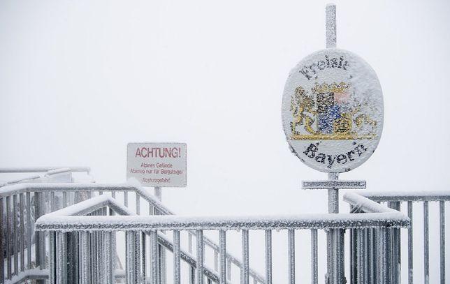 Mocne opady śniegu zaatakowały również Niemcy
