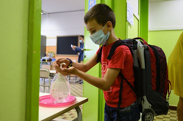Koronawirus. Zakażenia między dziećmi to 5 proc. zakażeń w UE