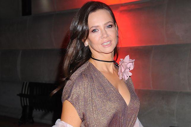 Kinga Rusin zabrała głos w obronie sądów. Poszła protestować z córką Polą Lis