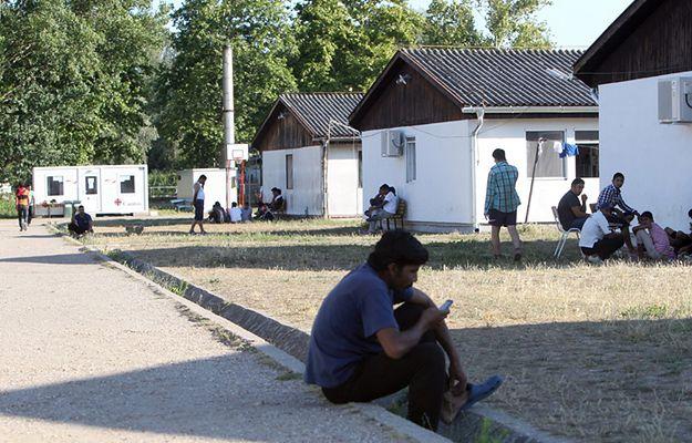 Niemcy stworzą 100 tys. miejsc pracy dla azylantów. Koszt: 1 mld euro
