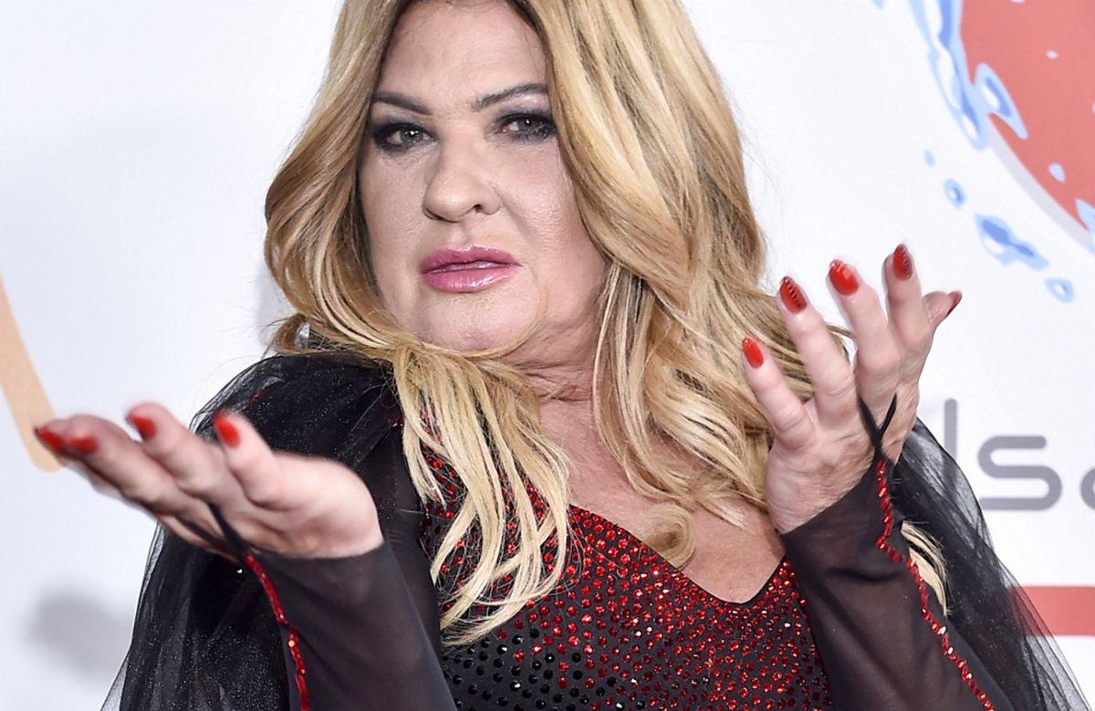Beata Kozidrak w zeszłym miesiącu wywołała alkoholowy skandal. Teraz ogłosiła, że weźmie udział w dużym koncercie andrzejkowym