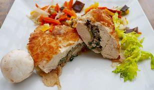 Faszerowana pierś z kurczaka