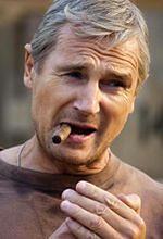 ''A Walk Among The Tombstones'': Liam Neeson spaceruje pośród nagrobków