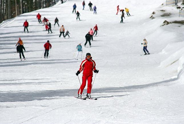 Policja zatrzymała pijanego instruktora. Uczył 5-latka jazdy na nartach