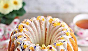 Babka jogurtowa. Sprawdzony przepis na wielkanocne ciasto