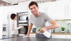 Perfekcyjny pan domu: porządki w kuchni w 5 aktach