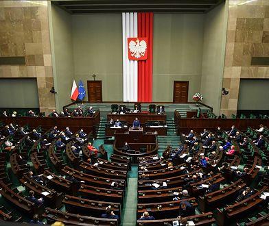 Sejm. O godzinie 17 wznowiono posiedzenie Izby