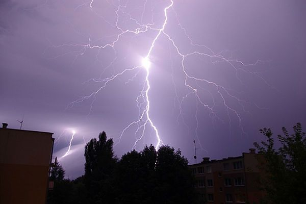 Uwaga na burze i ulewy - ostrzeżenie II stopnia dla Śląska
