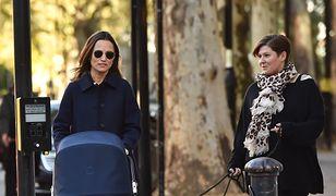 Pippa Middleton na spacerze z synkiem. Dała się przyłapać paparazzi