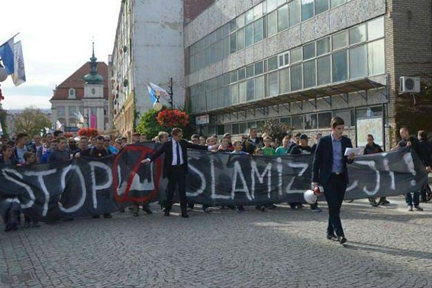 Antyimigrancki marsz w Legnicy pod lupą prokuratury