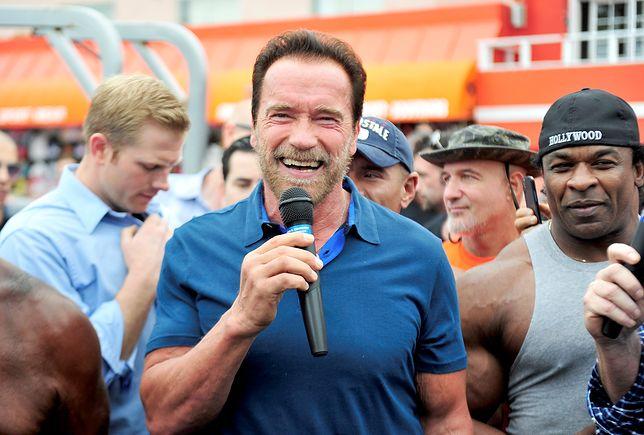 Arnold Schwarzenegger twoim trenerem personalnym. Doradza w sieci