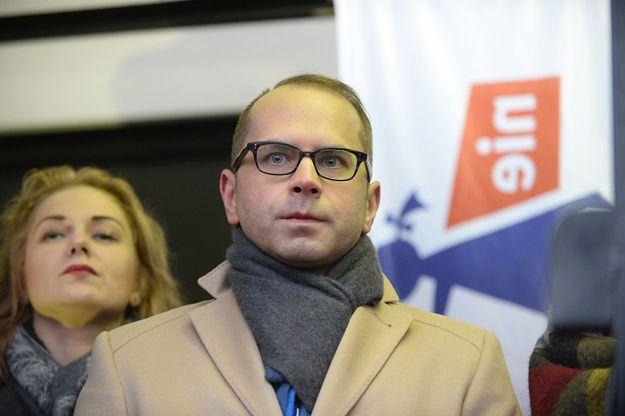 """Szczerba stawia ultimatum Suskiemu: niech """"Caryca"""" przeprosi. Jest reakcja posła PiS"""
