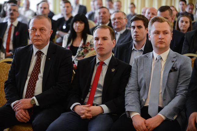 Okienko transferowe w Sejmie otwarte. Do PiS mogą lada dzień dołączyć kolejni posłowie