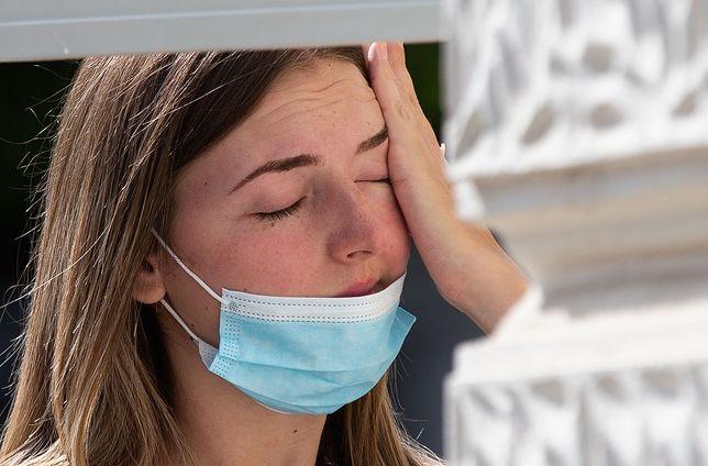Koronawirus. Stosowanie się do wymogów sanitarnych jest kluczowe dla ograniczenia efektów pandemii