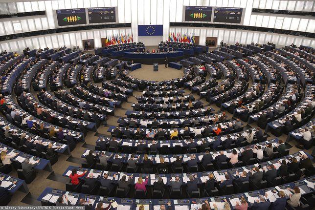 PE zagłosował za rezolucją krytykującą stan praworządności w Polsce