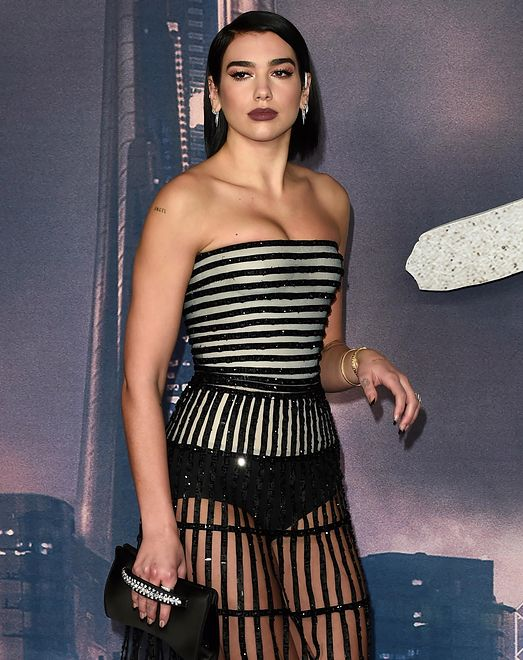 """23-letnia piosenkarka pojawiła się na premierze filmu """"Alita: Battle Angel"""""""
