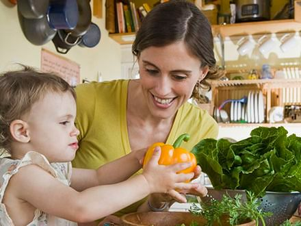 Jemy coraz mniej owoców i warzyw