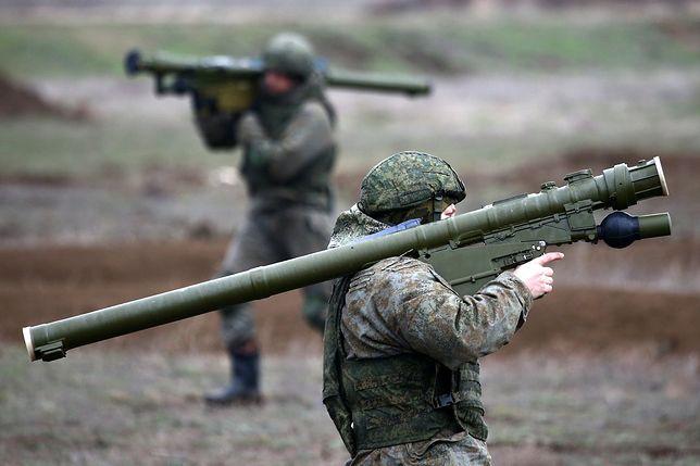 Ukraina. Rosja stworzyła na Krymie prowizoryczny obóz wojskowy