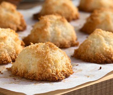 Przepis na kokosanki. Najsmaczniejsze kokosowe ciasteczka