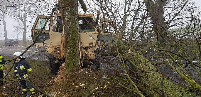 Ciężarówka służyła do przewożenia żywności