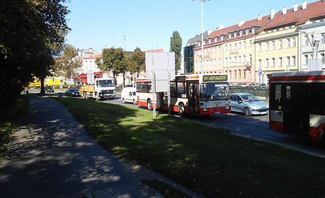 Z centrum Gdyni i Gdańska mogą zniknąć nieekologiczne samochody