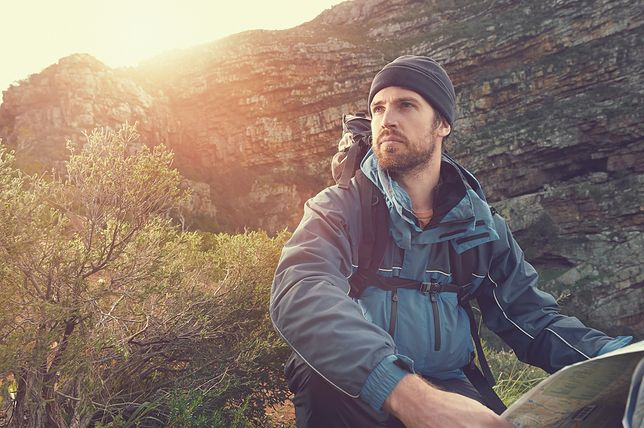 Kurtki męskie na jesienne wyprawy - na co zwrócić uwagę przed zakupem
