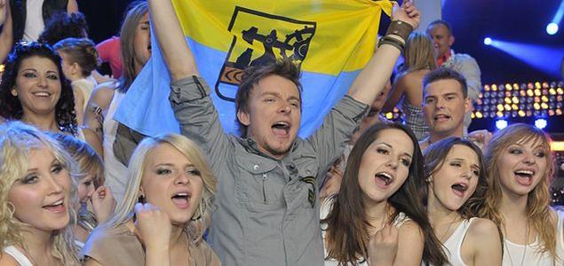 """""""Bitwa na głosy"""": Piotr Kupicha triumfuje!"""