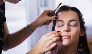 Coraz łatwiej jest zrobić profesjonalny makijaż