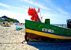 Wybrzeże Rewalskie - idealne miejsce na wakacje nad polskim morzem